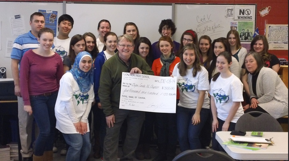 On February 25 the Peace & Justice Committee of Gonzaga High School in St. John's NL hosted a multicultural fair in their school gymnasium and raised $5,100! The Gonzaga Peace & Justice 2012 event included a variety of food, music and dance. Oxfam was represented by Bill Hynd and local regional chair Jill Allison. The proceeds raised, $5,100, were donated to Oxfam to assist in our humanitarian efforts in Somalia